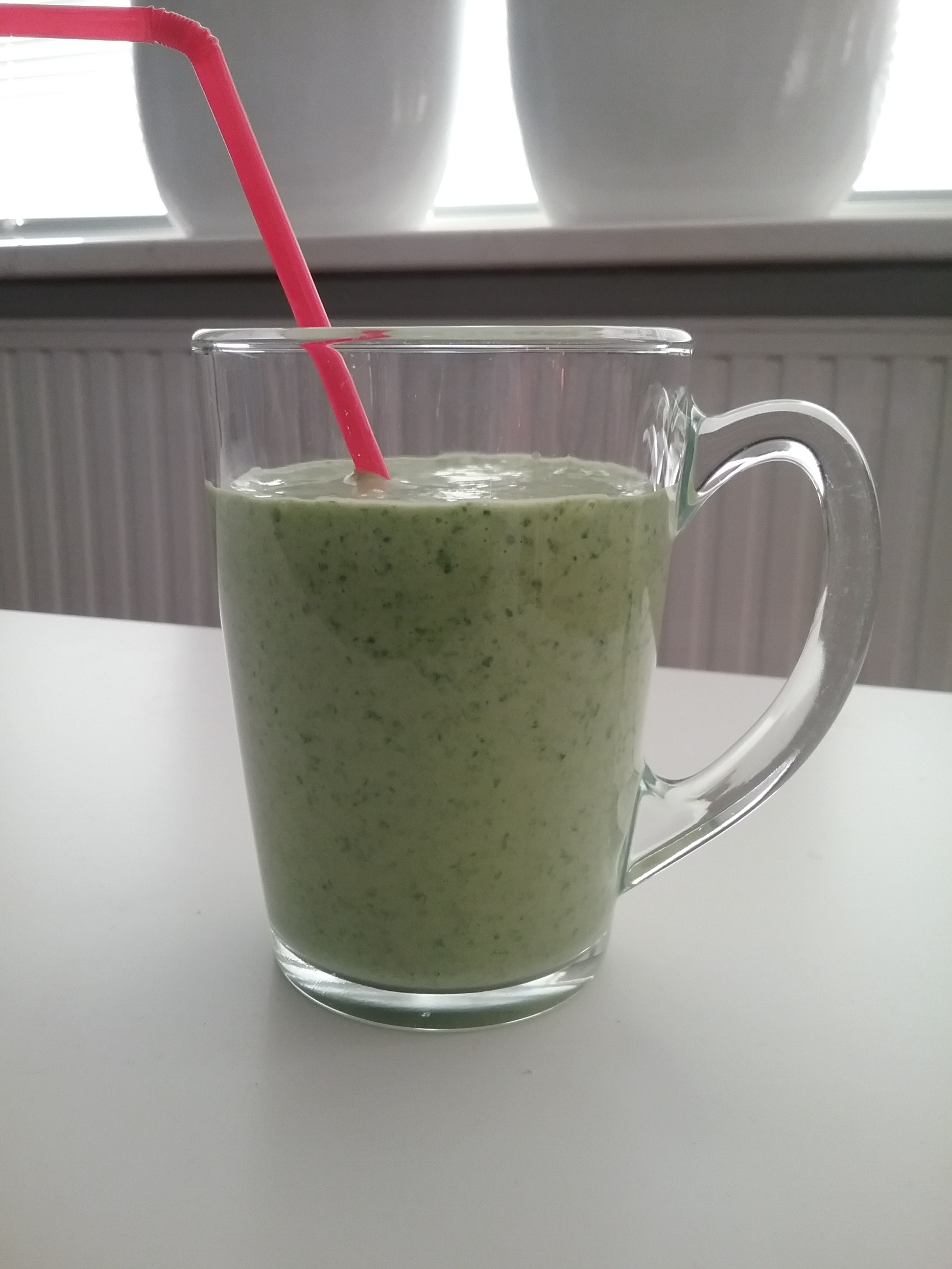 Smoothie spinazie kokosmelk banaan mango sinaasappel