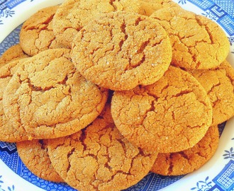 Easy Soft and Chewy Brown Sugar Cookies