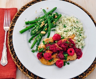 Chicken Cutlets with Raspberries, Lemon Rice & Green Beans Gremolata + Valentines Day Dessert Ideas