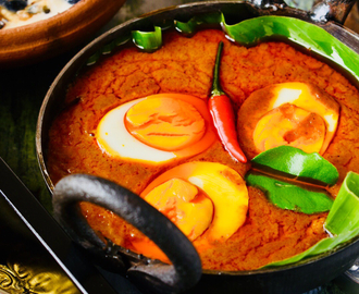 Egg Rendang / Famous Indonesian Savoury Egg Dish With Very Thick Gravy