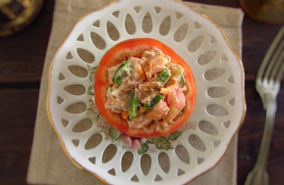 Stuffed tomatoes with tuna | Food From Portugal