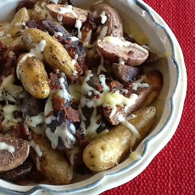 Crispy Roasted Idaho Fingerling Potatoes with Pepper Jack and Bacon
