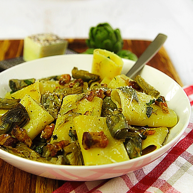 PACCHERI (TRADITIONAL MACARONI) with pork belly and baby artichokes