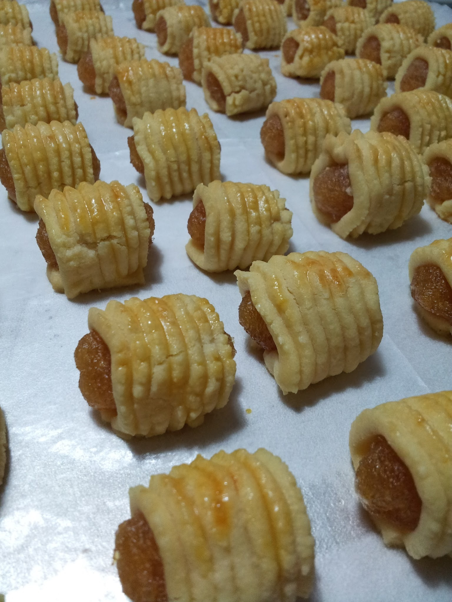 Pineapple Tarts : Rolled and Open Faced