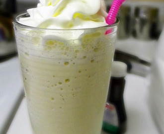 Resep Milk Shake Vanilla Float