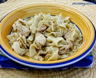 Chicken & Noodles {Easy Comfort Food}