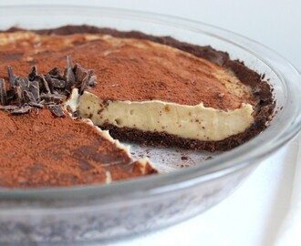 Vegan Cheesecake with Dark Cocoa Crust