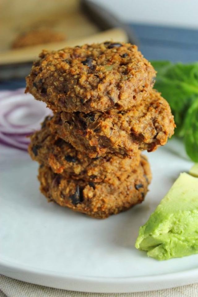 Sweet Potato Black Bean Quinoa Burger w/ Mango Guacamole