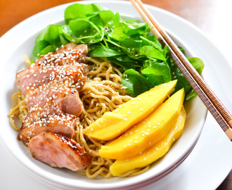 DUCK WITH YAKISOBA NOODLES