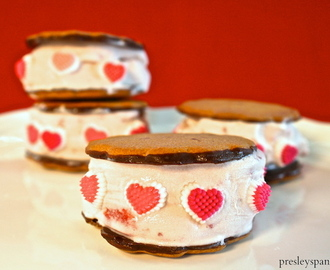Comment on Strawberry Ice Cream Sandwich: A Cool Valentine's Day Treat by 10 Valentine DIYs! | CraftyChica.com