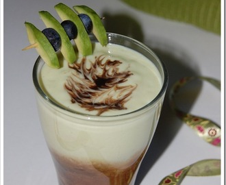 Avocado milkshake (Indonesian style)