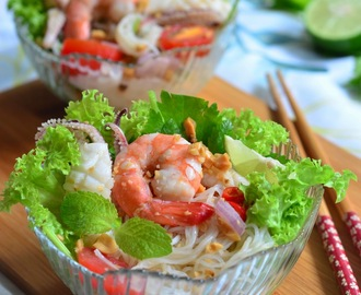 Glass Noodles #1 - 泰式海鲜冬粉沙拉 Thai Glass Noodles Salad with Seafood | Yum Woon Sen