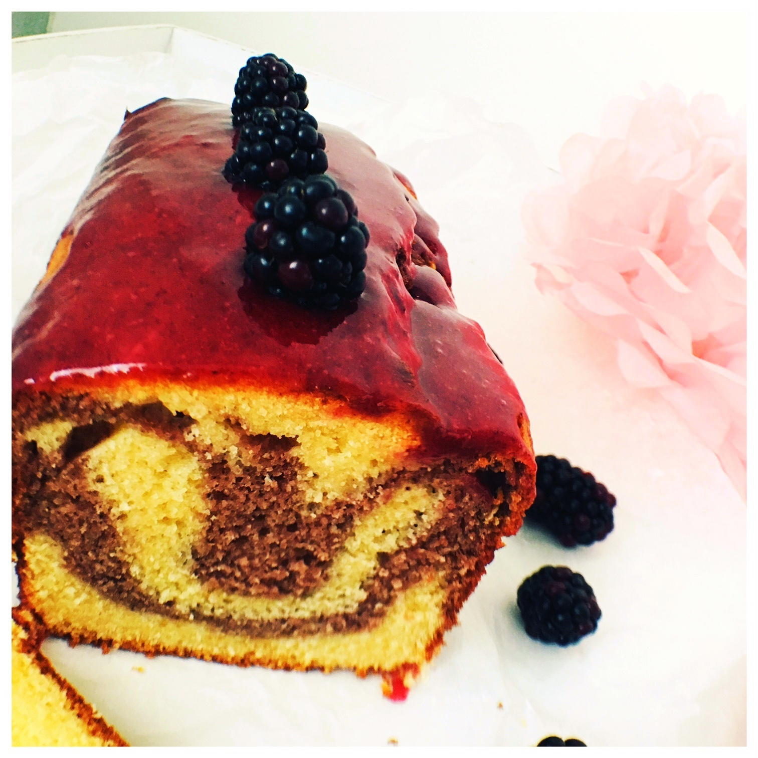 Brombeer Marmor Cake