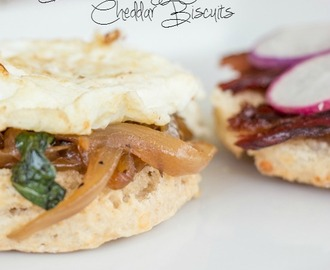 #BrunchWeek: Bacon and Egg Sandwiches on Cheddar Biscuits