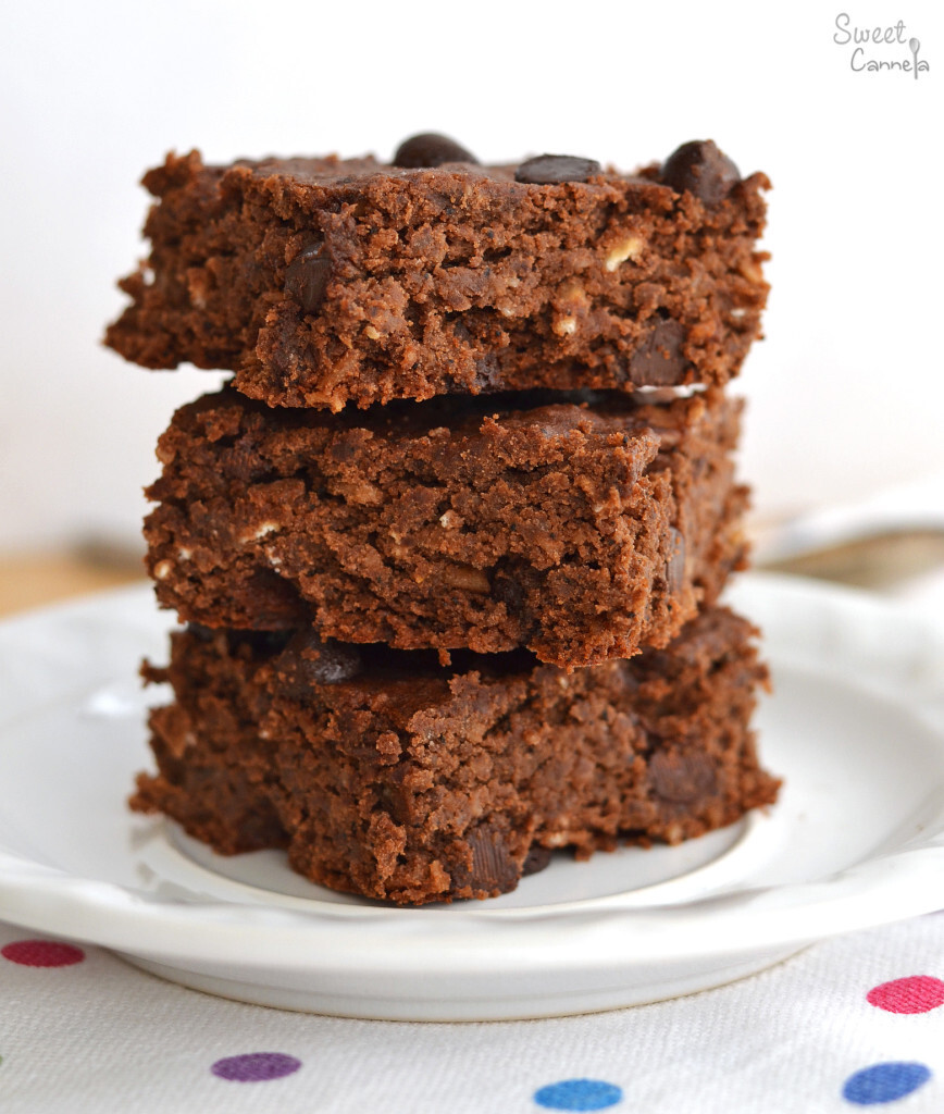 Black Bean Coffee Brownies – Brownies de Frijoles Negros y Café