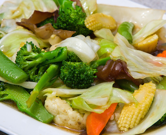 "Mixed Vegetable Stir-Fry (""Buddhist's Delight"")"