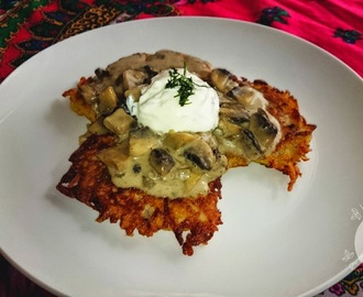 Potato pancakes (Placki ziemniaczane) with mushroom sauce & garlic dip