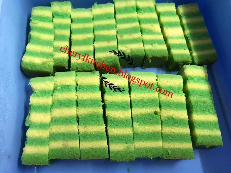 香兰芝士千层蛋糕(蒸)  Pandan Cheese Layer Cake (Steamed)