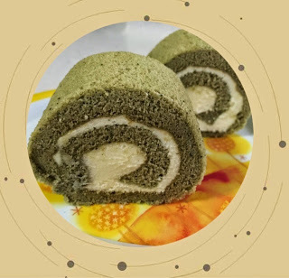 Matcha Cheese Swiss Roll