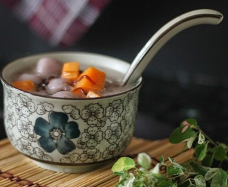 紫薯汤圆摩摩喳喳 (Bubur  Cha Cha with Tangyuan)
