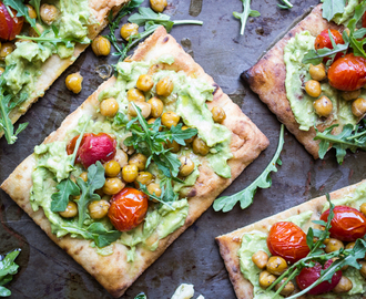 Roasted Chickpea and Tomato Flatbread Pizzas with Avocado