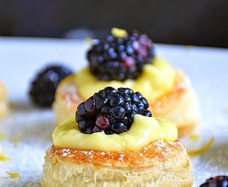 Lemon Blackberry Mini Tarts #SundaySupper