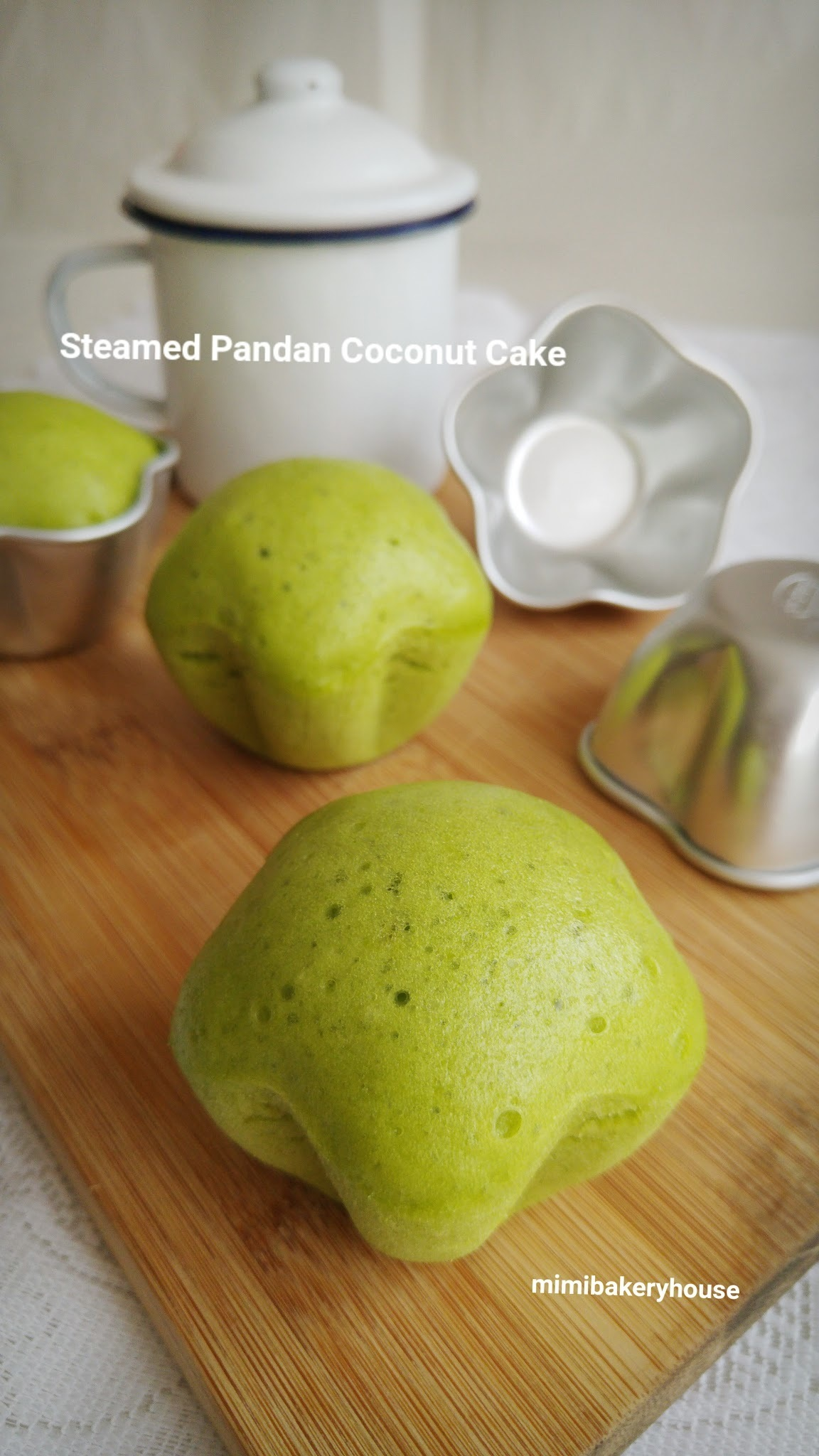 Feeling Green Today : Steamed Pandan Coconut Cake [25 Sep 2015]