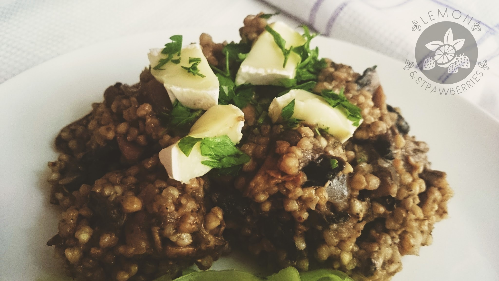 Buckwheat with mushrooms à la risotto