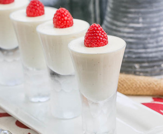 Vanilla Bean Cheesecake Shooters & My Dream Kitchen