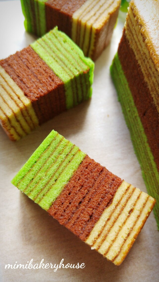 Kek Lapis Chocolate Pandan ( Tri-Color Kek Lapis) [08 Feb 2016]
