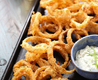 Crispy Onion Rings with Blue Cheese Sauce