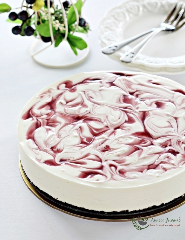 No-bake Cherry Yogurt cheesecake 免考樱桃芝士蛋糕