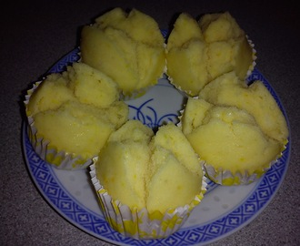SMILING STEAMED ORANGE HUAT KUIH