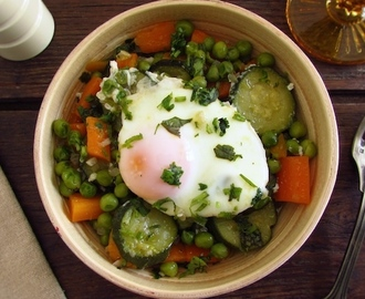 Peas with carrot, courgette and poached eggs