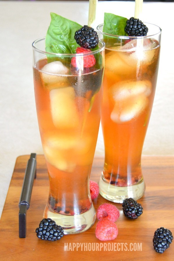 Lemon Berry Iced Tea Cocktail