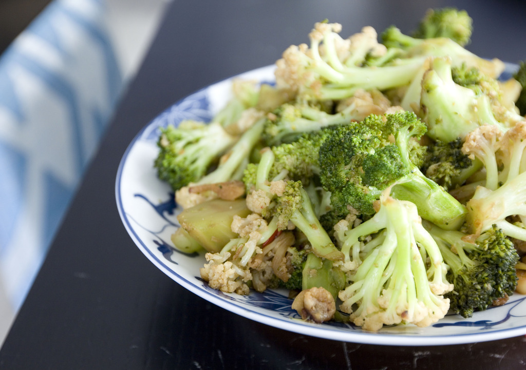 Let's Team Up - Cauliflower and Broccoli Stir Fry