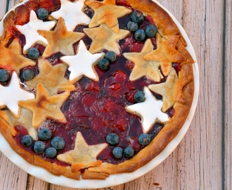Red, White and Blue Cherry Pie #sundaysupper