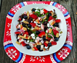 Red, White & Blue #SundaySupper...Featuring Individual Loaded Red, White, and Blue Salads