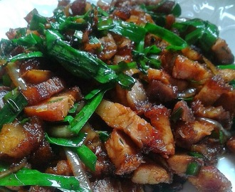 Siew York (Baked Pork Belly) with Chive and Onion