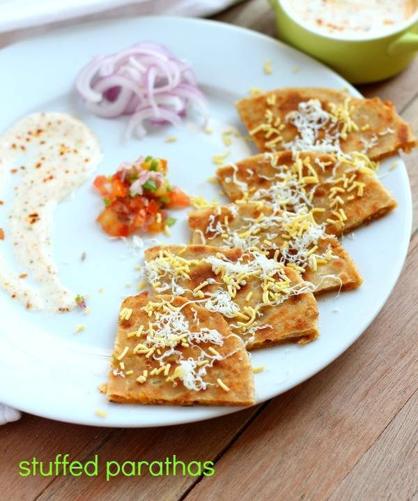 Stuffed Paratha Recipe with Papad Filling