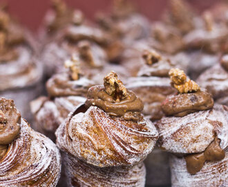 Food Adventures: The Cruffin