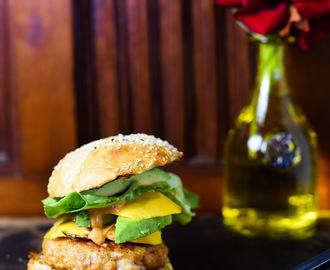 SHRIMP CAKE BURGER