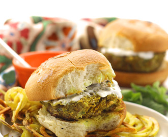 Moroccan Lamb Burgers with Mint Yogurt Sauce