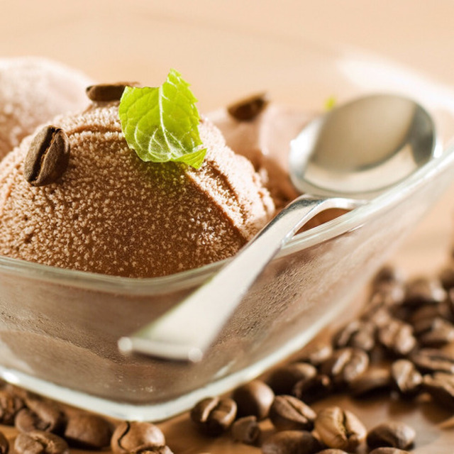 Ice cream with coffee and Sweete stevia  Ingredients   - 500ml...