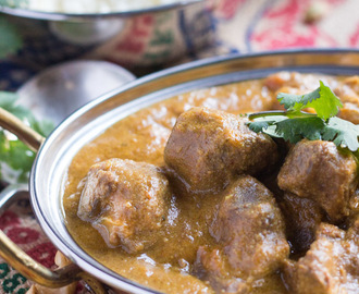 Slow Cooker Lamb Korma Curry