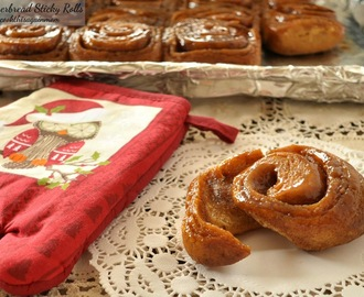 Gingerbread Sticky Rolls