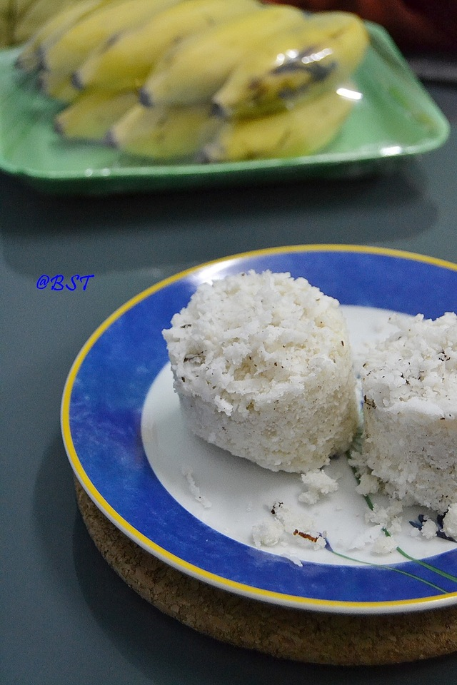 Puttu (Kerala Steamed Hot Cake) using leftover cooked rice