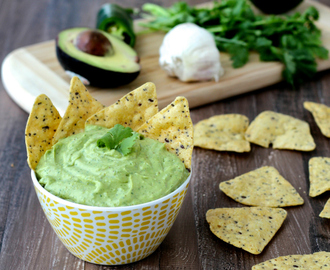 Dining with the Doc: Avocado Yogurt Dip