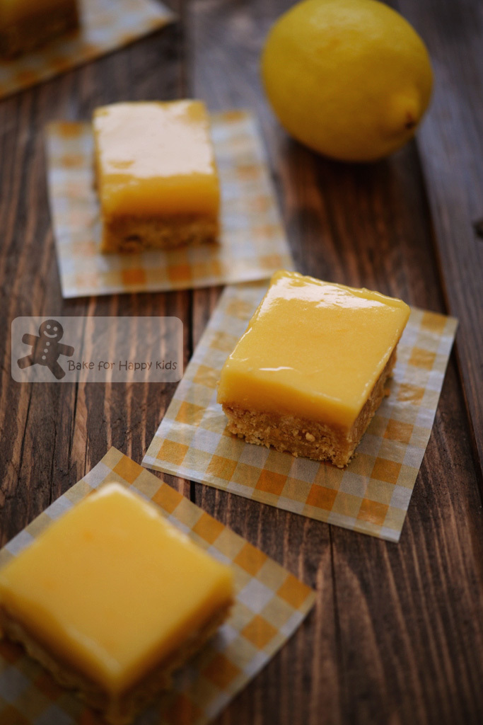Easy No Bake Lemon Bars / Slices