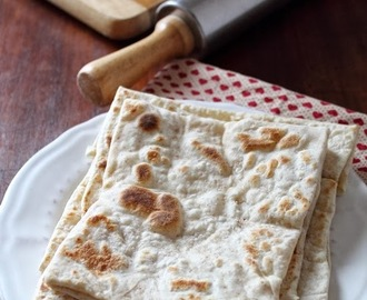 Rgaïf, pane marocchino. Moroccan Flatbread for Bread Baking Buddies